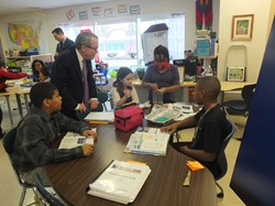 AG Mike DeWine and HMES Students