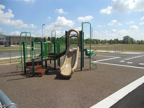 photo of equipment on smaller kindergarten playground.