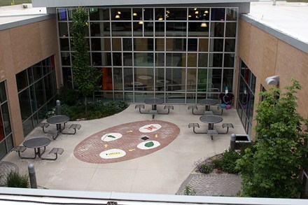 photo of overview of school courtyard